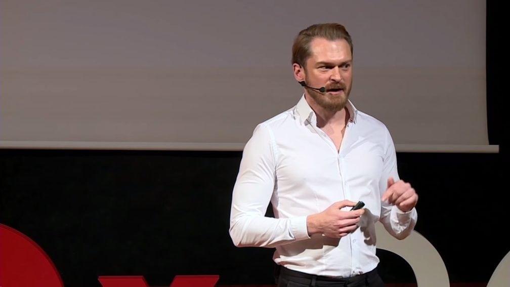 Piotr Bucki TEDx SGH Warszawa
